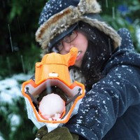 SnowBall Blaster