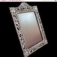 Christmas Sale 30% off Vintage Victorian Silver Toned Ornate Picture Frame with Glass
