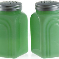 Pair of Jade Salt and Pepper Shakers | Kitchen Accessories | RetroPlanet.com