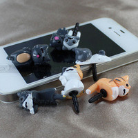 6x 3.5mm Anti Dust Lovely Cat Earphone Stopper Jack Plug For iPod iPhone 4S 4 5G