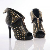 Chic Rivets Adorned Zipper Leather Black Pumps : Wholesaleclothing4u.com