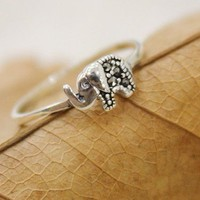 Vintage Thailand Elephant Sterling Silver Ring from Tulita