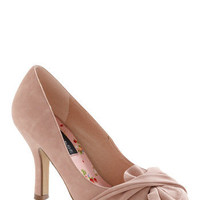 Like It or Knot Heel in Rose | Mod Retro Vintage Heels | ModCloth.com