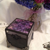 Hydrangea&#x27;s In Bloom Stain Glass Keepsake Box