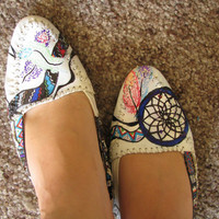 Native American Drawn Flats size 6
