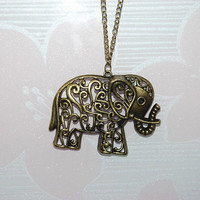 The antique bronze necklace with elephant  for you and your friends