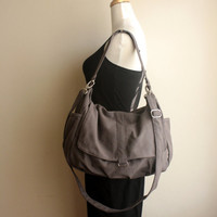 CHRISTMAS SALE - 15% OFF -  Daniel in gray // Shoulder bag / Messenger / tote / Diaper bag / Handbag / For Her / new Mom / Women