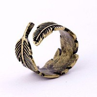 Vintage Men&#x27;s leaf ring  from http://www.looback.com/
