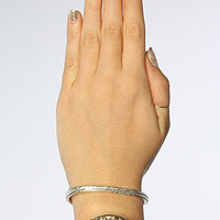 The Top Finger Claw Ring in Silver