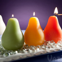 Deliciously-scented Pear Candles with a brushed texture