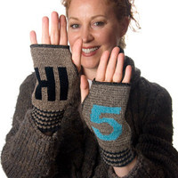 The Spoon Sisters Hi 5 Gloves