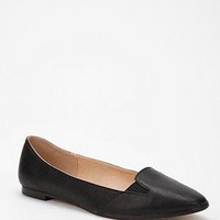 UrbanOutfitters.com &gt; Cooperative Leather Chelsea Skimmer