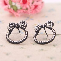 Fashion Embossed Beads bow Stud Earrings