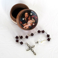 January Birthstone Rosary Set Pocket Rosary with Decorated Wood Box Garnet Crystal Rosary Birthday Rosary with Box Madonna and Child