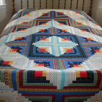 Beautiful Handmade 'Log Cabin' Quilt