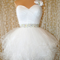 WHITE SHORT RUFFLED PROM COCKTAIL EVENING PAGEANT WEDDING GOWN DRESS M 8/10