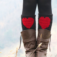 Valentines Day Sale - Red Black Short Heart Knit Boot Cuffs. Love Heart Short Leg Warmers. Crochet heart Boot Cuffs. Legwear black red