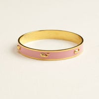 Shop Women's Jewelry: Raise Icon Metal Bangle for Women - Vineyard Vines