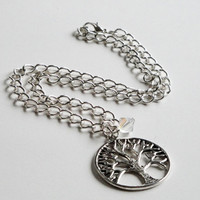 Antique Silver Tree Of Life Round Necklace