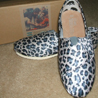 TOMS Animal Print Leopar...