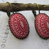 Estate Earrings, Vintage Red and White Lucite Cabochon Dangle Earrings, Antiqued Brass Lever Back Earrings
