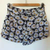 Daisy Duke Floral Flower Shorts Size 8 Summer Beach Wear Valley Girl
