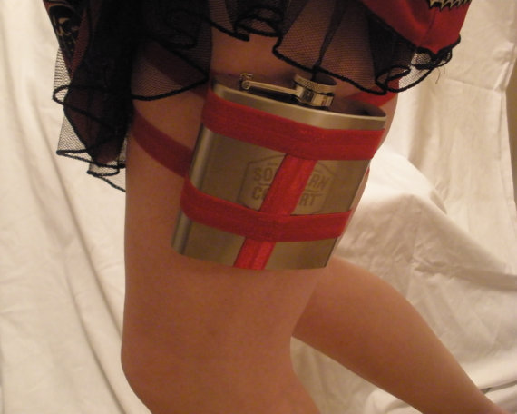Flask Garter from GartersByLori.com