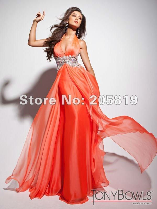 Aliexpress.com : Buy 2013 New Fashion A line Halter V neck with Appliques and Beading Long Chiffon Evening Gown  Prom Dress 113518B from Reliable prom dresses suppliers on iWeddingDressesShop