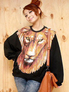 Fierce Lion Head Printed Baggy Top