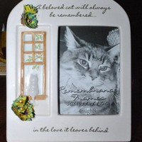 "Picture Frame ""A Beloved Cat/ Flowers From Pencil Shavings/""Free Gift"