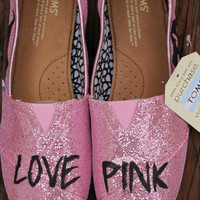 Love Pink TOMS