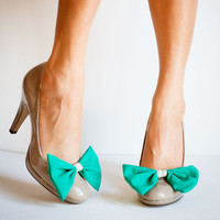 Turquoise Bow Shoe Clip with Snakeskin band by jdotdesigns on Etsy