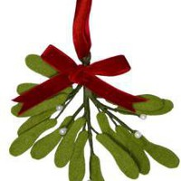 Felt Mistletoe Decoration | Advent, Nativity & Special Things | Christmas | £4.99 - The Contemporary Home Online Shop