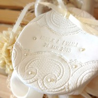 CUSTOM - Personalized Round Wedding.. on Luulla