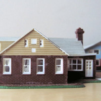 1940 cape cod model home, builit up house kit HO scale