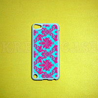 iPod Touch 5 Case,Damask pink and turquoise pattern iPod touch 5 Case, iPod touch 5G Cover,Case for iPod touch 5