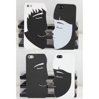 Amazon.com: Black and White Lover Couples Kiss iphone 5 Case (No 1): Cell Phones & Accessories