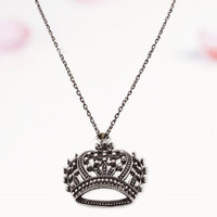 Vintage Silver Tone Crown Pendant Chain Necklace at Online Cheap Vintage Jewelry Store Gofavor