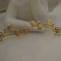 Ear Sweep Wrap - Cuff Earring with Swarovsky Gold Pl. - Flower
