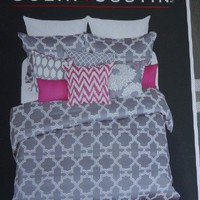 Colin & Justin Modern Grey & White 3pc Queen Duvet Set (comforter cover)