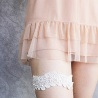 Lace Garter in Ivory or White  Ivy by pishposhes on Etsy