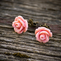 Peachy pink rose earrings - resin jewelry - rose stud earrings - flower earrings - fall jewelry - rose jewelry - fall earrings
