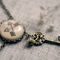 Antique keys  vintage necklace  Free shipping etsy by SecretFind