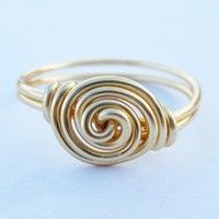 Gold Rosette Ring on Luulla