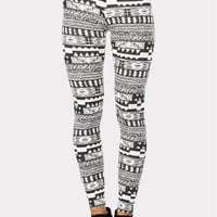 Bari Tribal Print Legging - Black/White