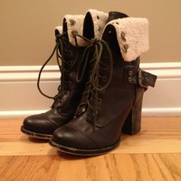 Chinese Laundry Wool Lined Boots Size 7