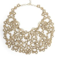 BCBGMAXAZRIA - ACCESSORIES: JEWELRY: VIEW ALL: FLOWER STATEMENT NECKLACE