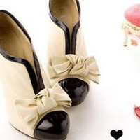 Yellow Boots - 2011 Hot Sale,wholesale,Women&#x27;s shoes,fashion cuasual | UsTrendy