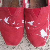 Handpainted Flying Birds TOMS by reneezhan on Etsy