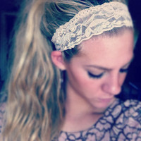 Nude - Medium Lace Headband